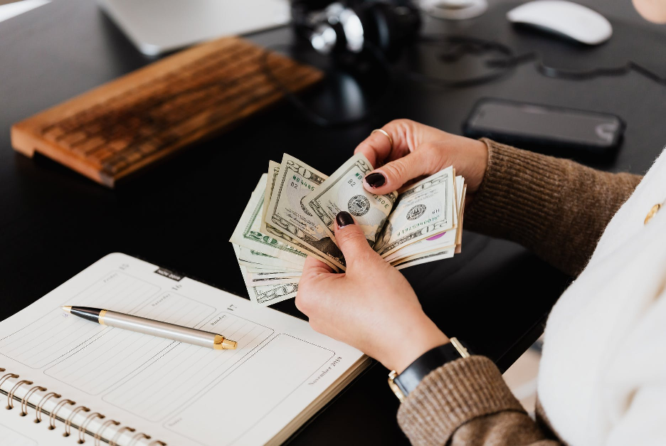 How Small Businesses Can Manage Loans